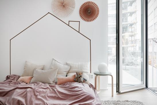 Sjöfartsgatan Stockholm kids bedroom pink owl artek Fantastic Frank