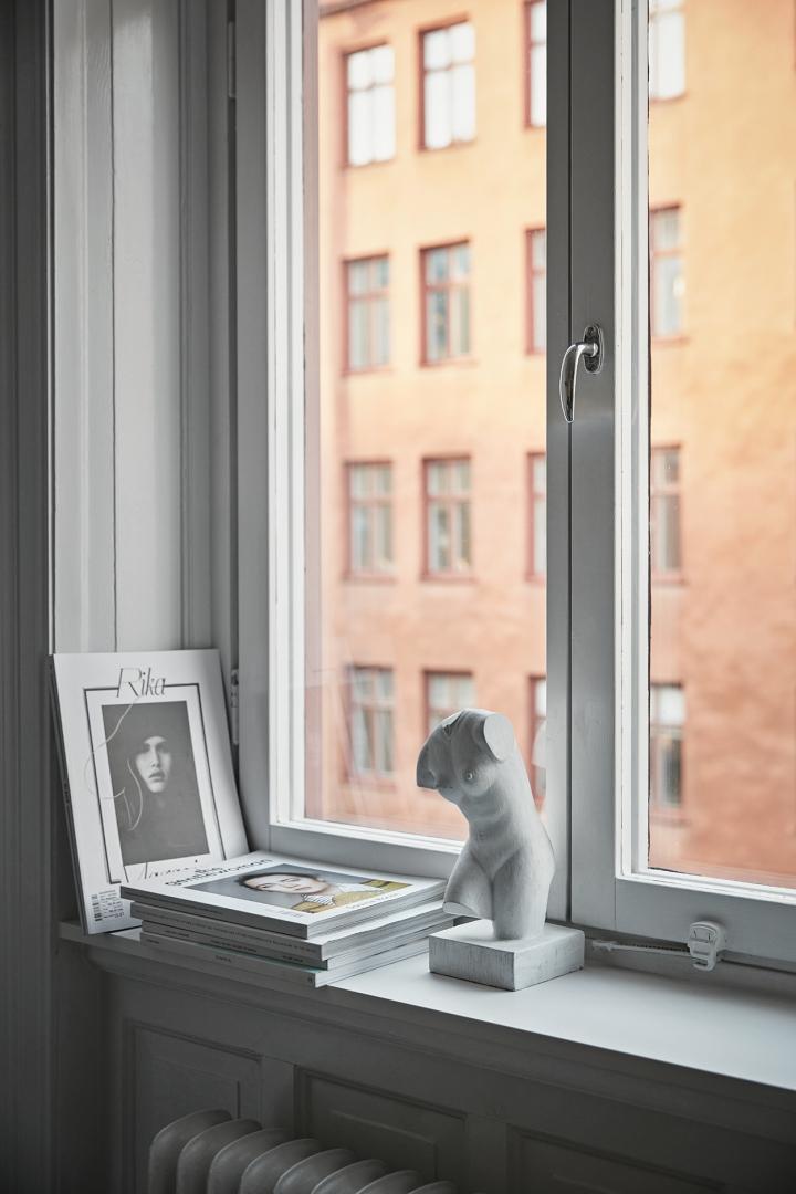 birkagatan-konst-fönsternisch-fantastic-frank