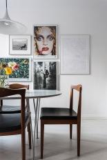 bondegatan-vardagsrum-tavelvägg-konst-fantastic-frank
