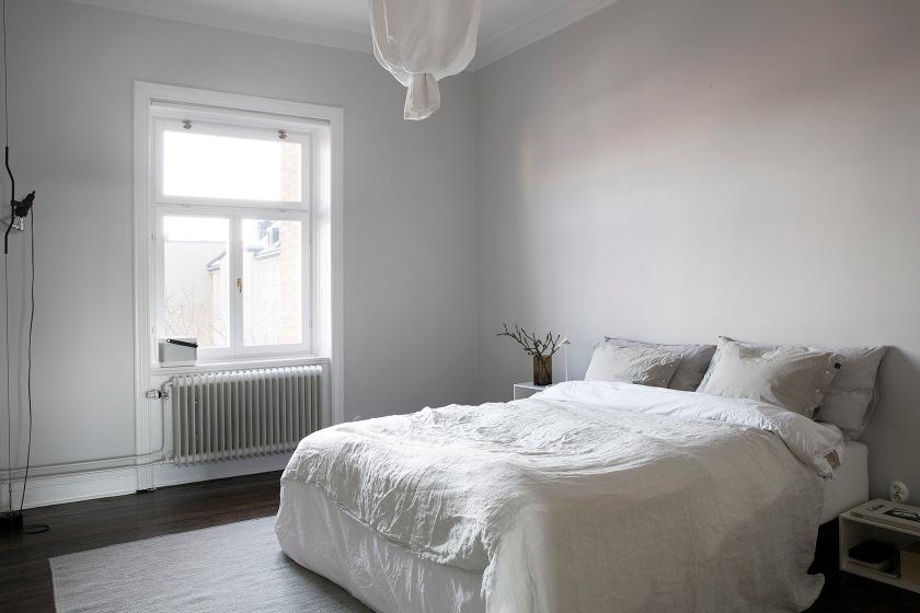 Frejagatn Vasastan linnen bedroom white grey Stockholm Fantastic Frank