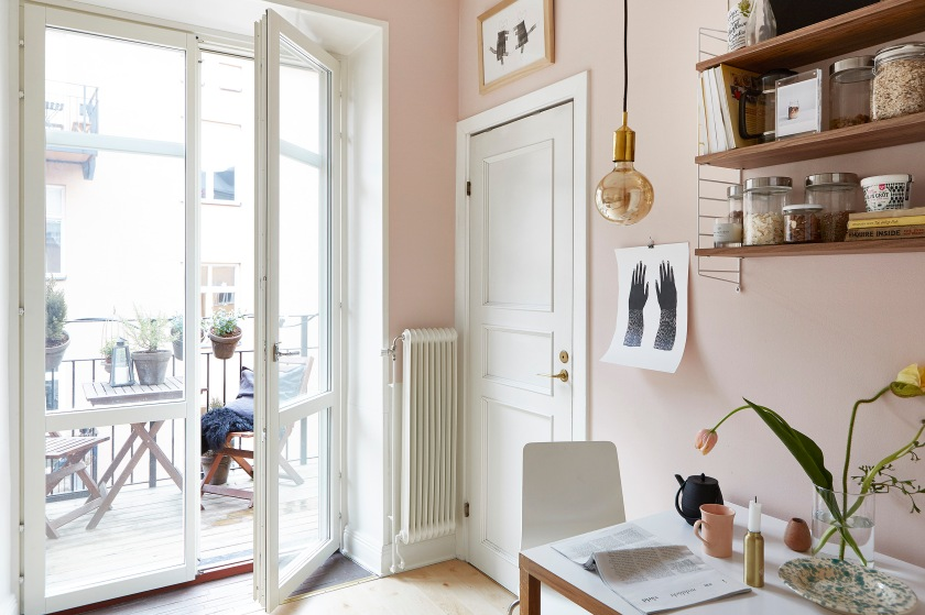 Heleneborgsgatan Södermalm kitchen pink strinning balcony Fantastic Frank