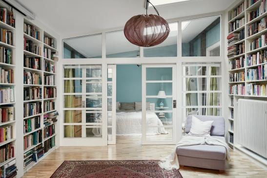 hollandargatan-sovrum-skjutdörr-fönsterdörr-takfönster-fantastic-frank