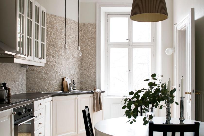 kocksgatan-kök-stenkakel-ljusinsläpp-fantastic-frank