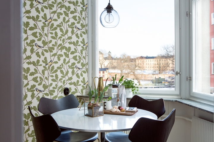 Anders reimers väg kitchen brass sweets view windows Fantastic Frank
