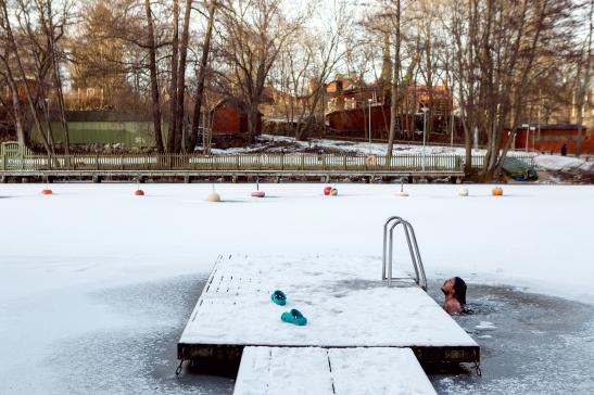 Ice bath winter fantastic frank martin wichardt