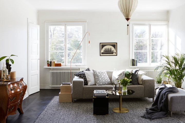 Igeldammsgatan livingroom vies brass Fantastic Frank