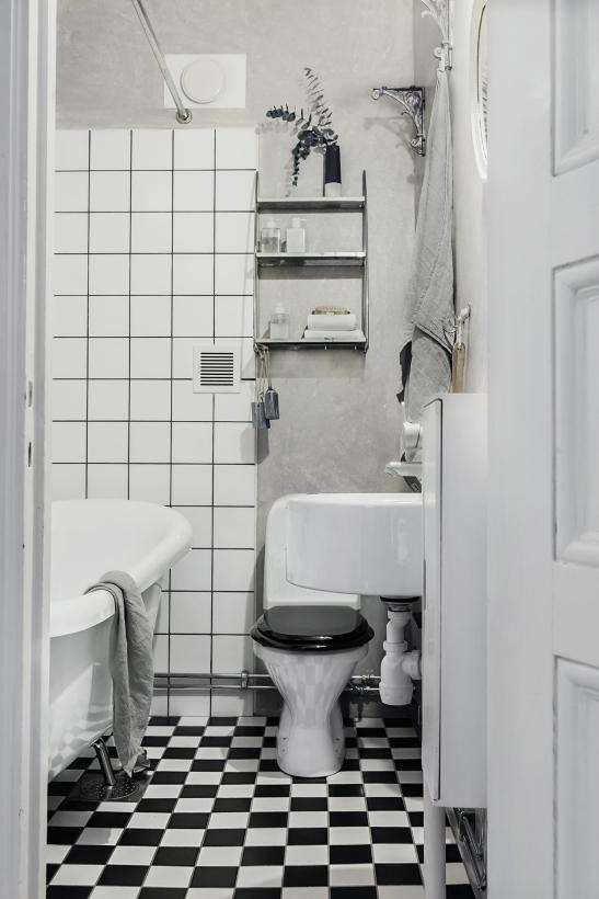 Ringvägen Södermalm bath room squares eucalyptus Fantastic Frank