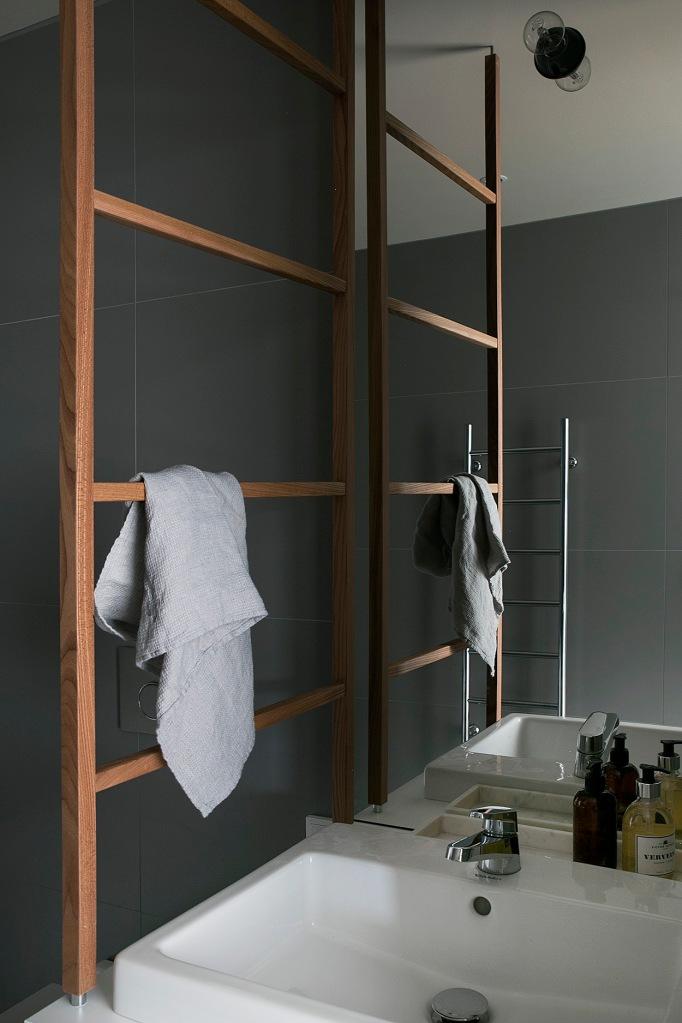 Sjöstaden bathroom grey wood Fantastic Frank