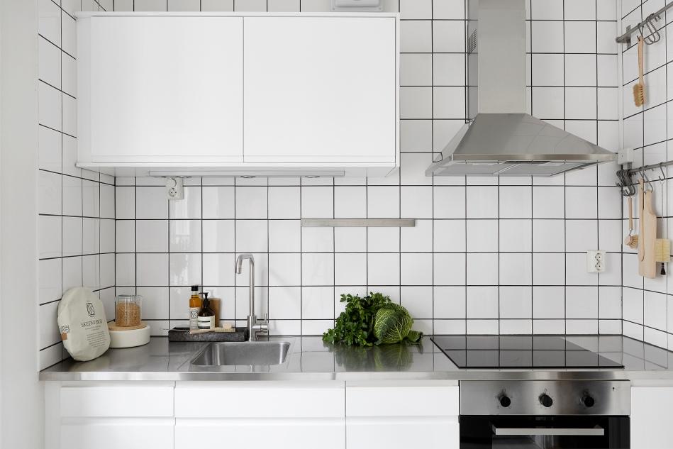Gotlandsgatan small kitchen white black cabbage fantastic frank