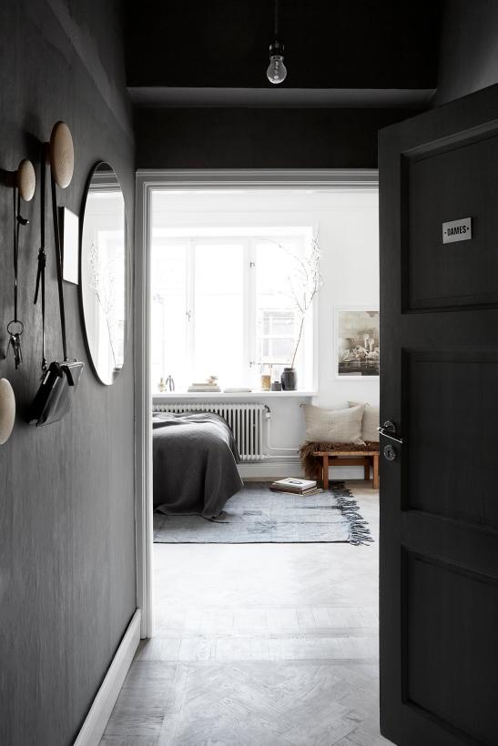 Vulcanusgatan atlasområdet 20kvadrat Josefin Hååg grey hallway dames mirror Fantastic Frank