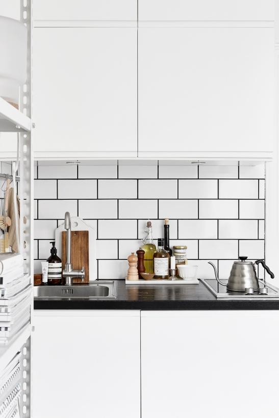 Vulcanusgatan atlasområdet 20kvadrat Josefin Hååg kitchen oil tea aesop Fantastic Frank