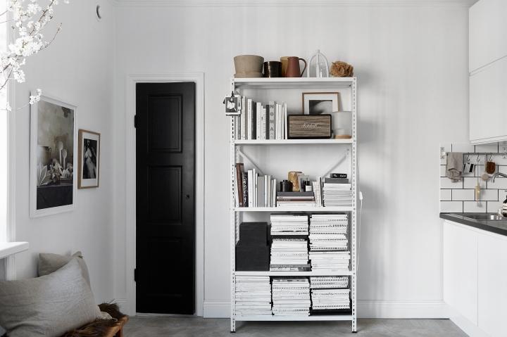 Vulcanusgatan atlasområdet 20kvadrat Josefin Hååg kitchen residence black door Fantastic Frank