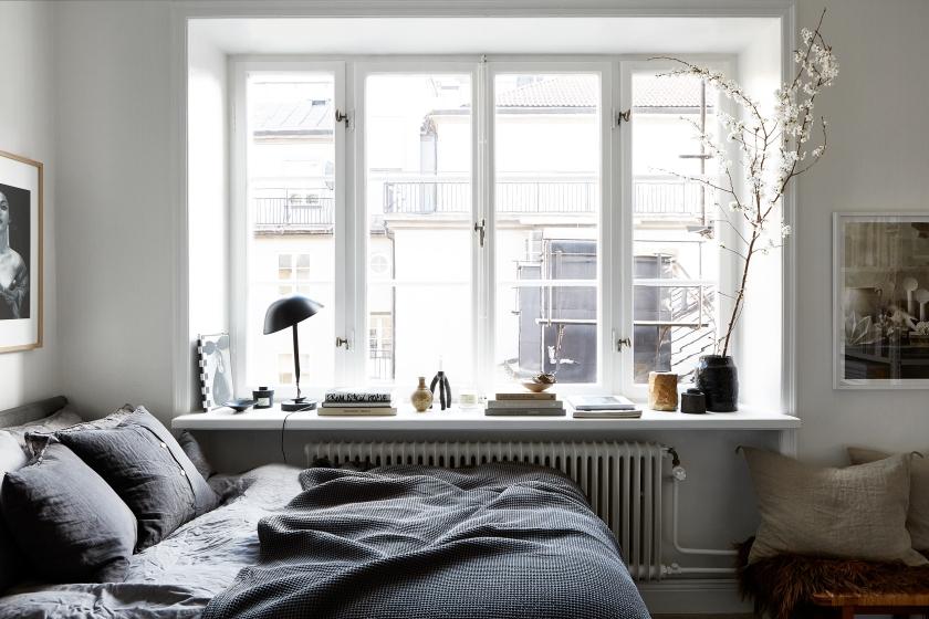 Vulcanusgatan atlasområdet 20kvadrat window bedroom grey linnen spring Josefin Hååg Fantastic Frank