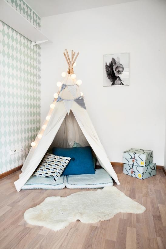 Babordsgatan-23,-Fantastic-Frank,-Anna-Malmberg- Linda Palmcrantz harlequin lekrum tent fårfäll
