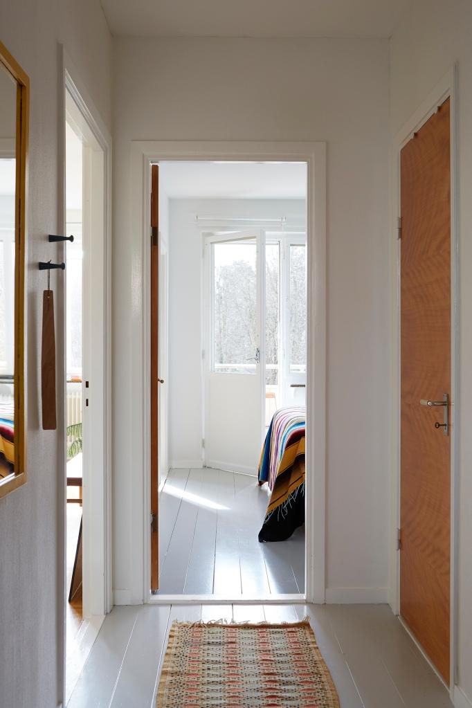 SIljansvägen Åsa Copparstad retro hallway sunlight balcony fantastic frank.